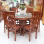 Những ưu điểm của bàn ghế ăn gỗ đối với không gian gia đình bạn