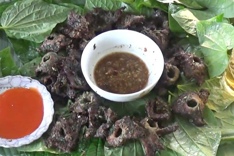 Cách chế biến thịt trâu nướng lá lốt thơm ngon