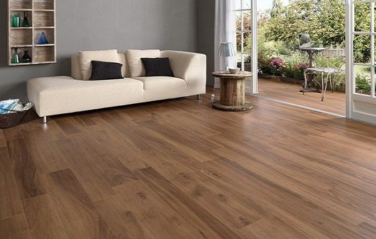 Sàn gỗ cốt xanh có khả năng chịu nước rất tốt