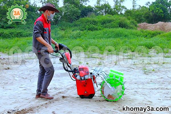 Cách chế tạo máy gieo hạt đậu phộng đơn giản, ai cũng làm được