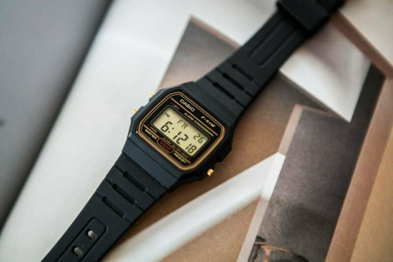 5 tiêu chí chọn mua đồng hồ điện tử trẻ em bạn cần biết